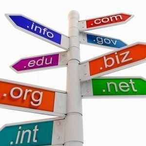 al comprar dominio web, nos fijamos en las extensiones de dominio